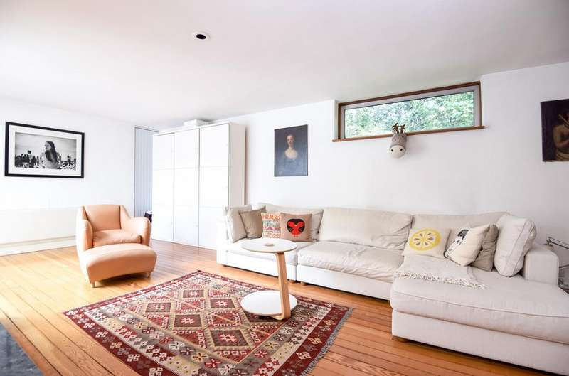 2 Bedrooms Detached House for sale in Shepperton Road, Petts Wood, Orpington, Kent, BR5 1DJ