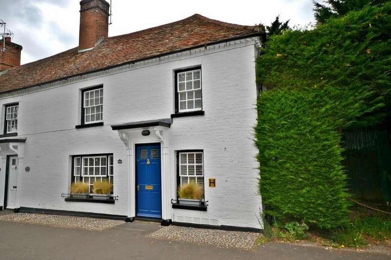 3 Bedrooms Cottage House for sale in High Street, Linton