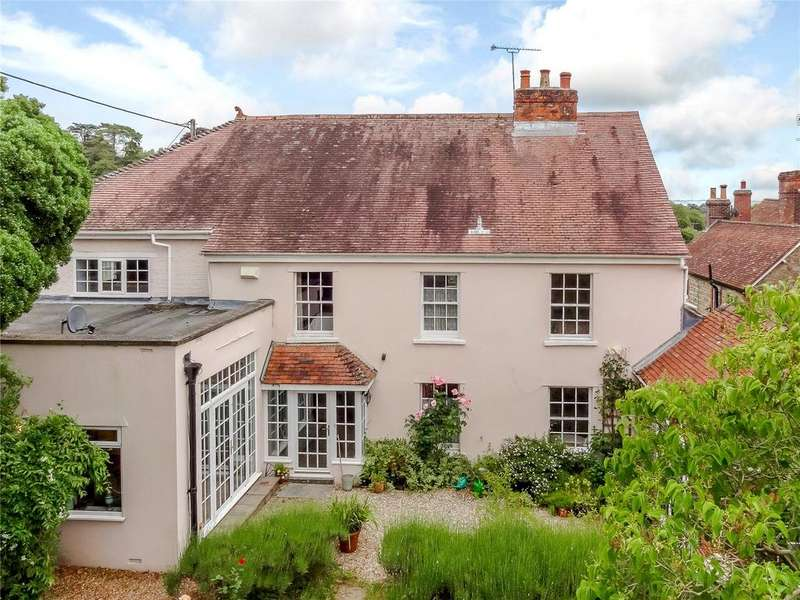 5 Bedrooms Detached House for sale in Bourton, Gillingham, Dorset