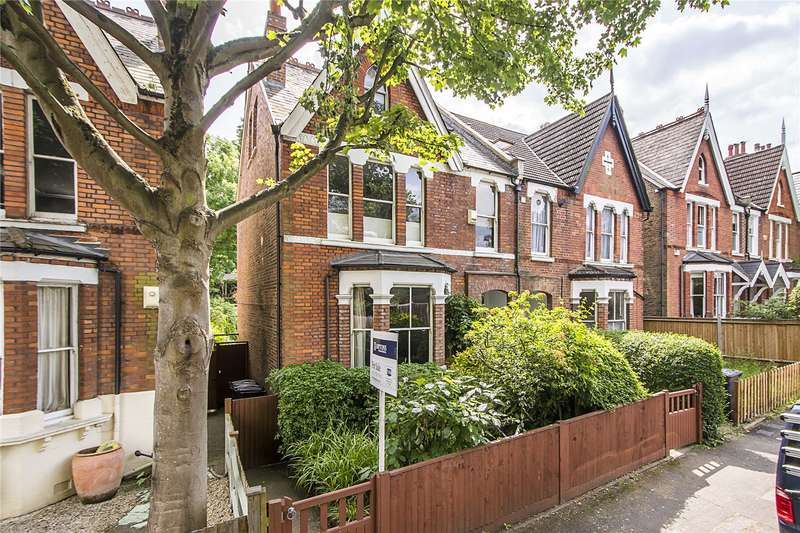5 Bedrooms Semi Detached House for sale in Fox Hill, London, SE19