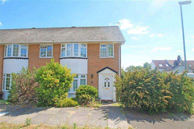 3 Bedrooms End Of Terrace House for sale in Romany Close, Portslade