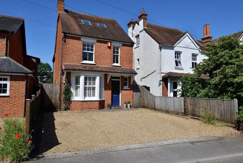 4 Bedrooms Detached House for sale in Gipsy Lane, Wokingham, RG40