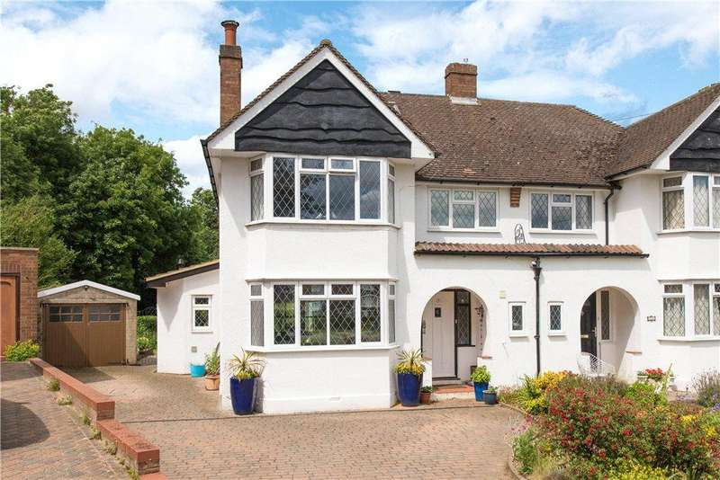 4 Bedrooms Semi Detached House for sale in Sorrel Garth, Hitchin, Hertfordshire