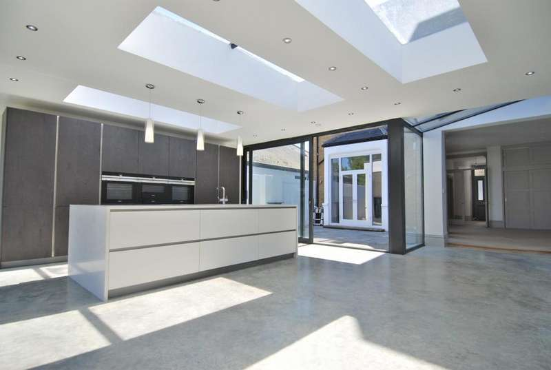 5 Bedrooms House for sale in Shooters Hill, London, SE18