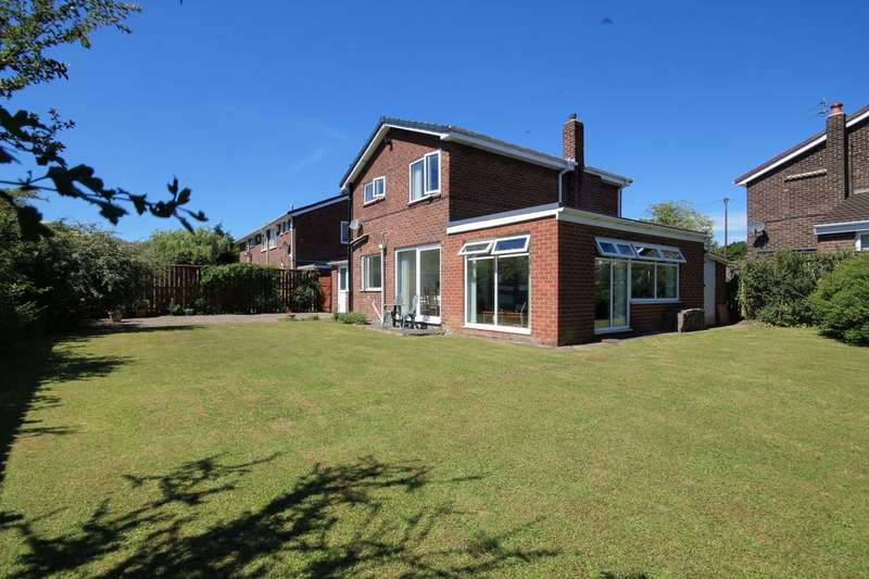 3 Bedrooms Detached House for sale in Hazelgrove, Chester Le Street, DH2