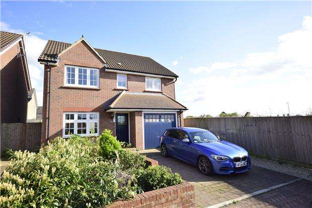 4 Bedrooms Detached House for sale in Danby Street, Bristol, BS16 1EN