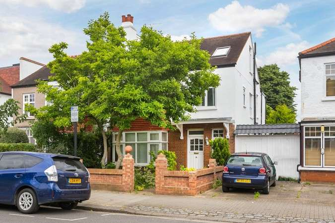 6 Bedrooms Semi Detached House for sale in Emlyn Road, Chiswick