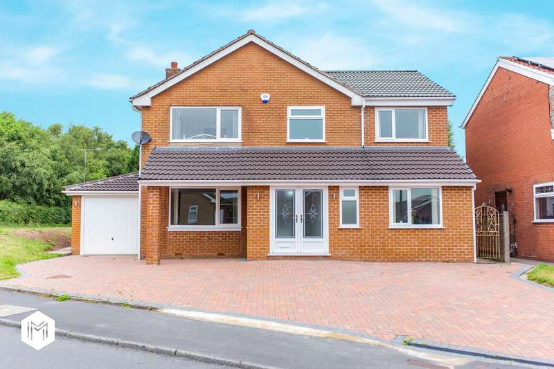 4 Bedrooms Detached House for sale in Beaumont Drive, Bolton, BL3