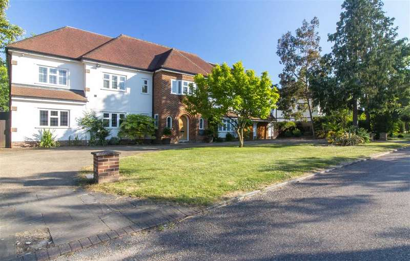 6 Bedrooms Detached House for sale in Buckleigh House, Sunnydale, Farnborugh Park, Orpington