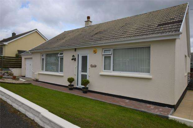 3 Bedrooms Detached Bungalow for sale in Albany Gardens, Redruth