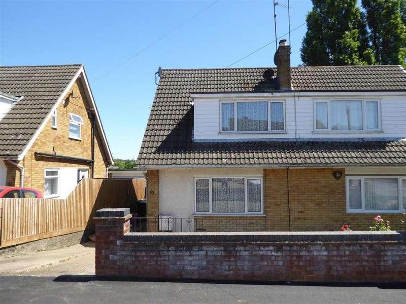 3 Bedrooms Semi Detached House for sale in Derwent Crescent, Kettering