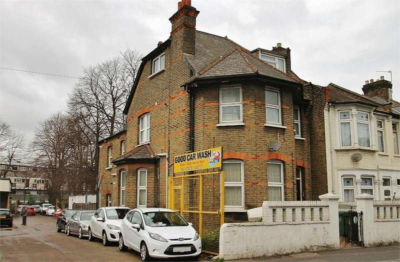 2 Bedrooms End Of Terrace House for sale in High Road, LEYTON E10