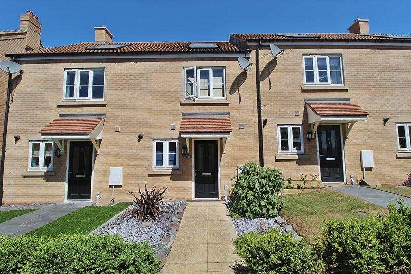 2 Bedrooms Terraced House for sale in Barnstaple Walk, Biggleswade
