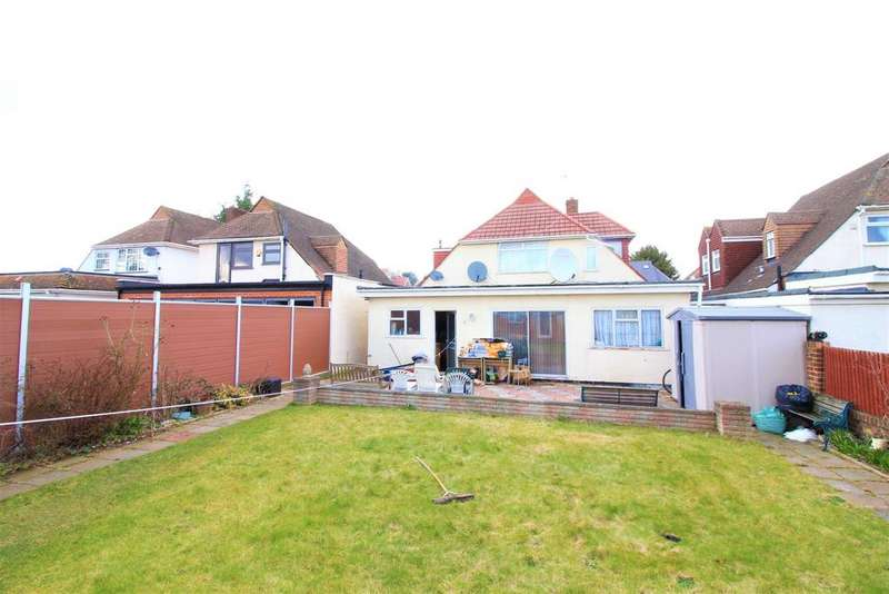 5 Bedrooms Detached House for sale in Sutton Road, Heston, TW5