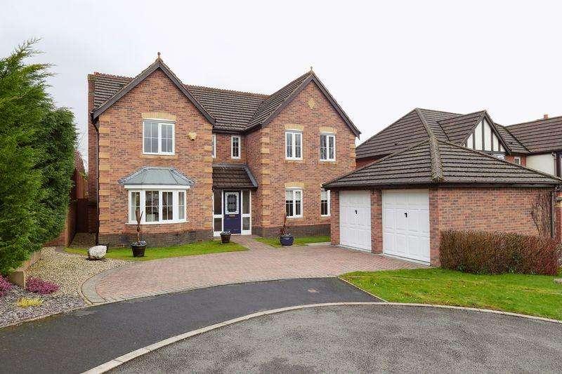 5 Bedrooms Detached House for sale in Cheddleton Park Avenue, Cheddleton, Staffordshire, ST13