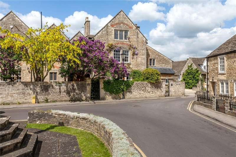 6 Bedrooms Semi Detached House for sale in Canon Square, Melksham, Wiltshire, SN12