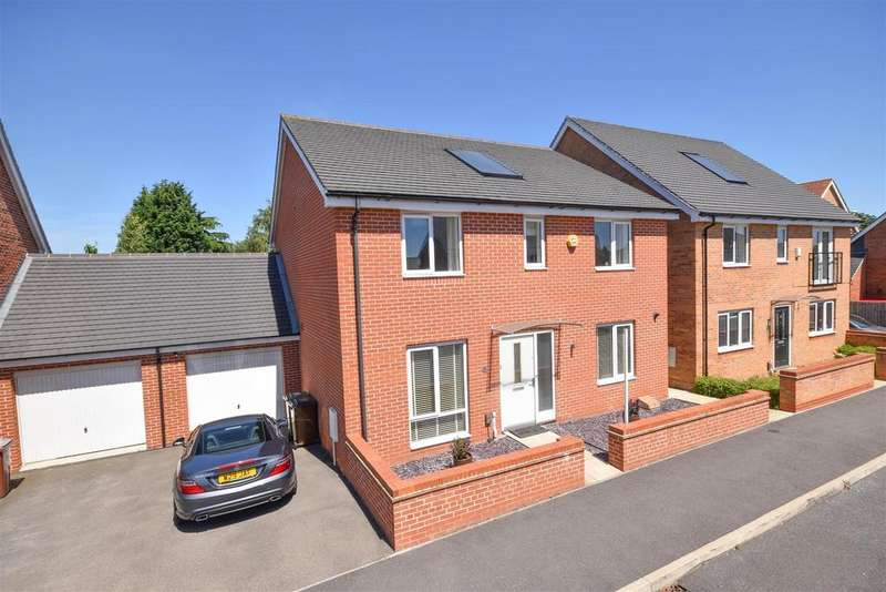 4 Bedrooms Detached House for sale in Kenny Avenue, Nottingham