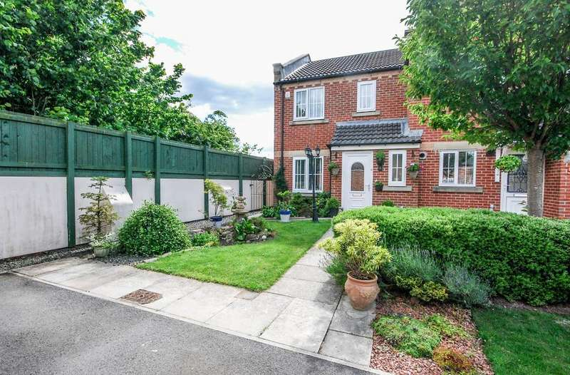 3 Bedrooms Terraced House for sale in Lawson Court, Boldon Colliery