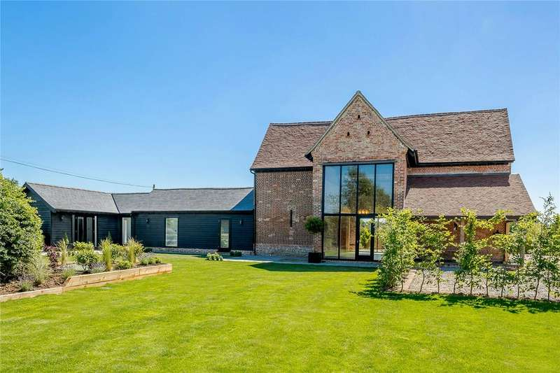 3 Bedrooms Detached House for sale in Mashbury Road, Chignal St. James, Chelmsford, CM1
