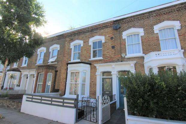 3 Bedrooms Terraced House for sale in Chatterton Road, London, N4