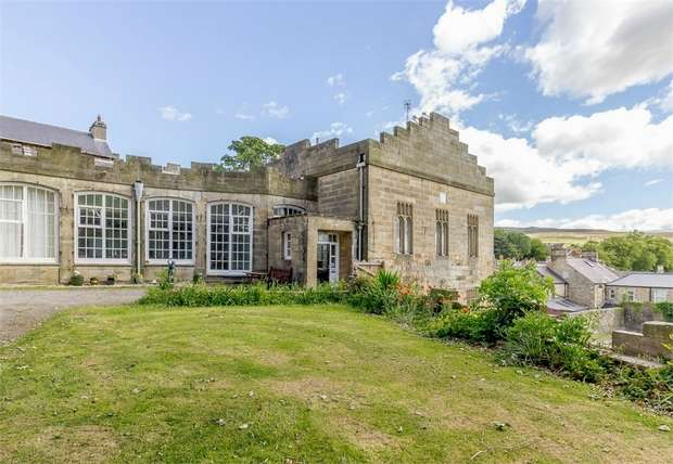 4 Bedrooms Maisonette Flat for sale in The Castle, Stanhope, Bishop Auckland, Durham