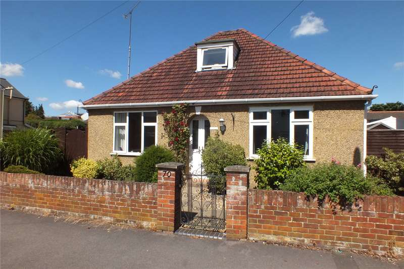 3 Bedrooms Detached Bungalow for sale in Clarence Road, Fleet, Hampshire, GU51