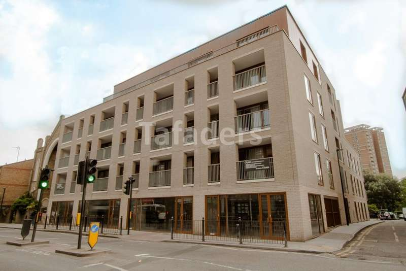 1 Bedroom Flat for sale in Stephen Court, Diss Street, Shoreditch, E2