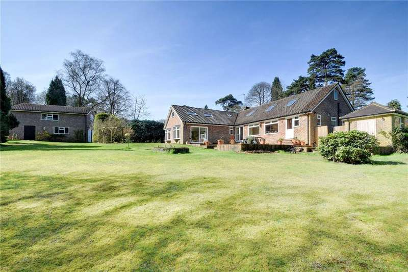 5 Bedrooms Detached House for sale in Firway, Grayshott, Hindhead