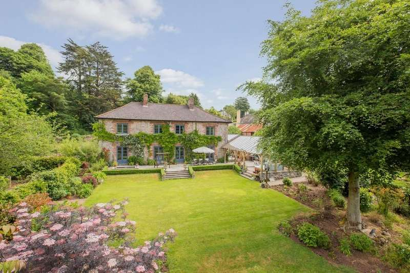 5 Bedrooms Manor House Character Property for sale in Coffinswell, Devon