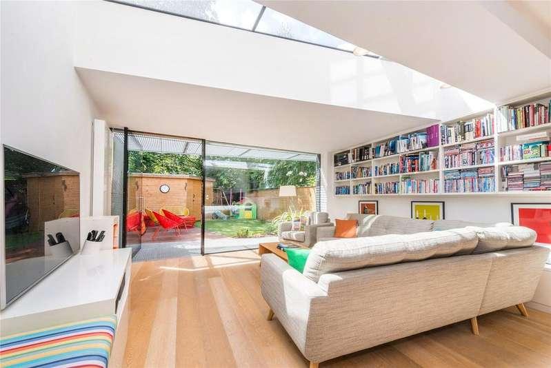 4 Bedrooms Terraced House for sale in Heaven Tree Close, Islington, London