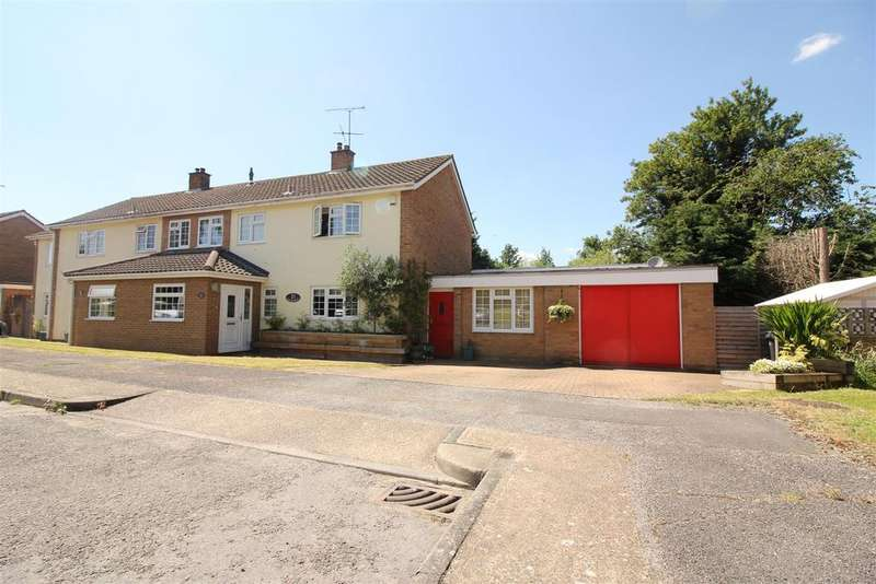 3 Bedrooms House for sale in Hawkenbury, Harlow