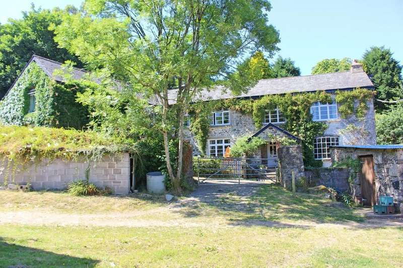 5 Bedrooms Detached House for sale in Ashburton, Devon
