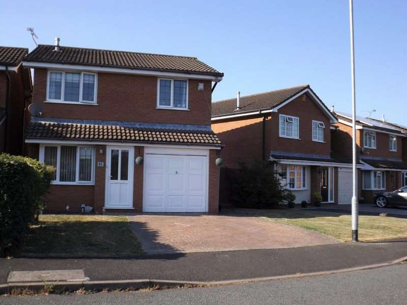 3 Bedrooms Detached House for sale in Farmleigh Drive, Crewe
