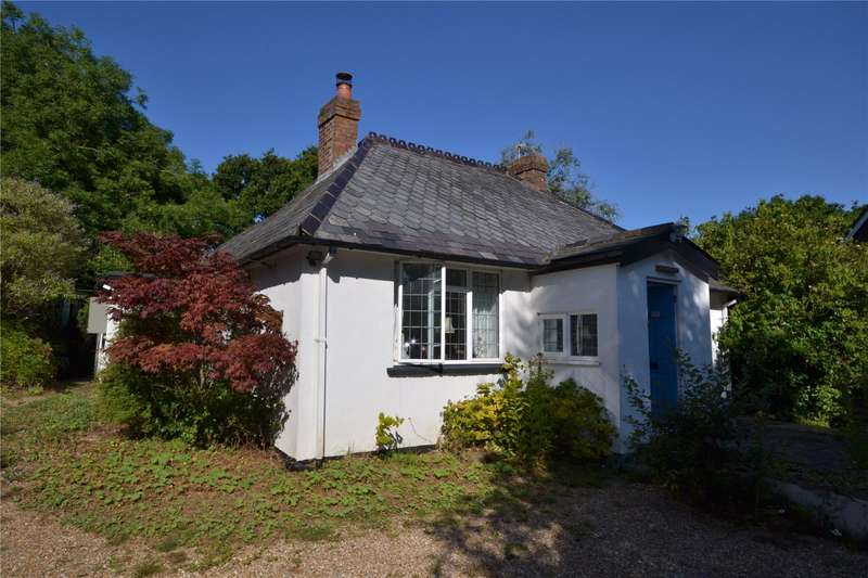 3 Bedrooms Detached House for sale in Brook Hill, Norleywood, Lymington, Hampshire, SO41