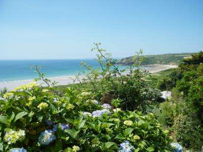 3 Bedrooms Semi Detached House for sale in Praa Sands, Penzance, Cornwall