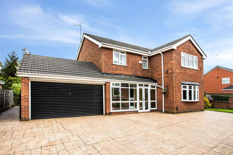4 Bedrooms Detached House for sale in Drywood Avenue, Worsley, Manchester, M28 2QA