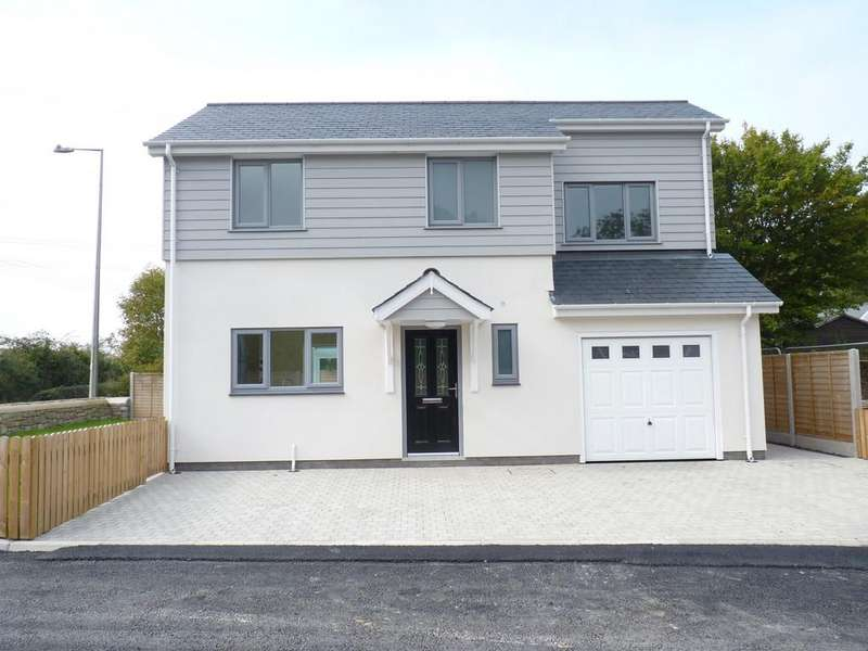 4 Bedrooms Detached House for sale in Ffordd Caergybi, Llanfairpwll, North Wales