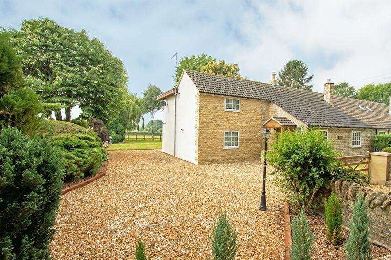 4 Bedrooms Cottage House for sale in Walnut Cottage, Sutton, Cambs