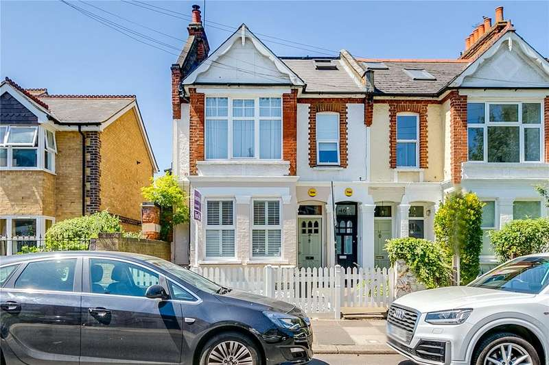2 Bedrooms Maisonette Flat for sale in Avondale Road, London