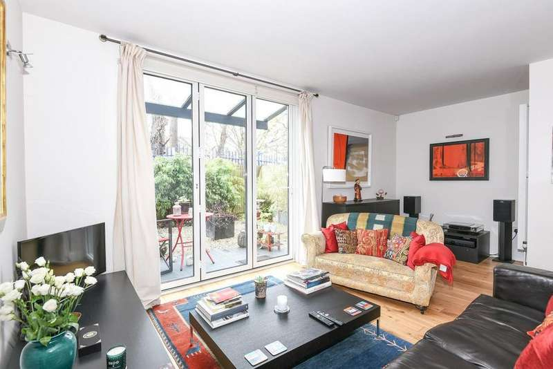 3 Bedrooms Semi Detached House for sale in Costa Street, Peckham