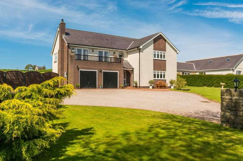 5 Bedrooms Detached House for sale in Star, Gaerwen, North Wales