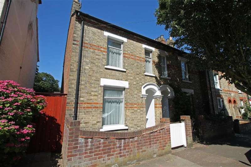 3 Bedrooms Semi Detached House for sale in Bower Street, Bedford