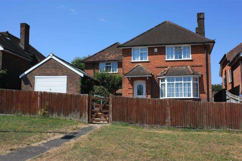 5 Bedrooms Detached House for sale in The Lagger, Chalfont St Giles