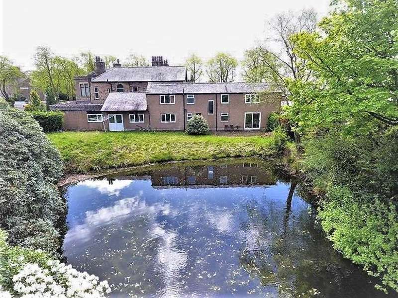 3 Bedrooms Detached House for sale in Elswick Lodge, Mellor, Blackburn
