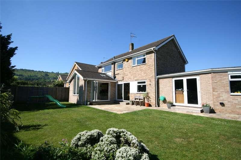 4 Bedrooms Detached House for sale in Parkland Road Charlton Kings Cheltenham GL53