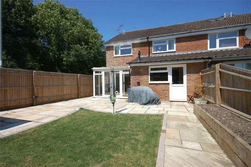 4 Bedrooms End Of Terrace House for sale in Upper Abbotts Hill, Aylesbury, Buckinghamshire