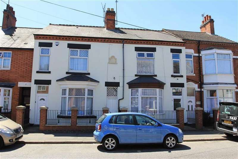 4 Bedrooms Terraced House for sale in Gwendolen Road, Spinney Hills, Leicester