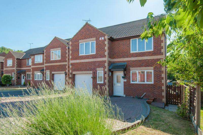 4 Bedrooms Detached House for sale in Melloway Road, Rushden