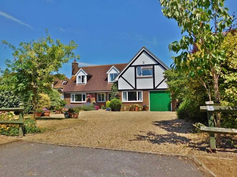 4 Bedrooms Detached House for sale in Berry Lane, Hill Head