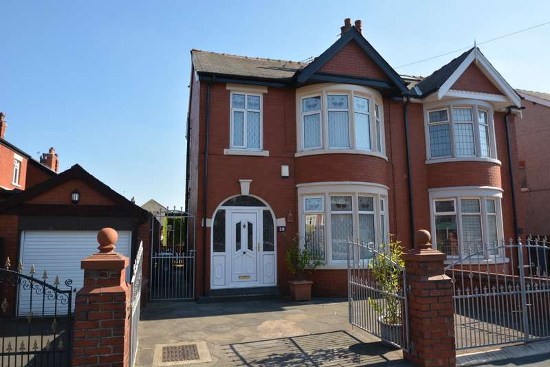 4 Bedrooms Semi Detached House for sale in Honister Avenue, Stanley Park, Blackpool, FY3 9PF